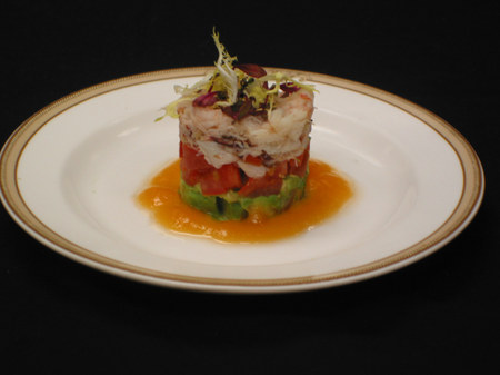 Crab_avocado_and_tomato_salad_2